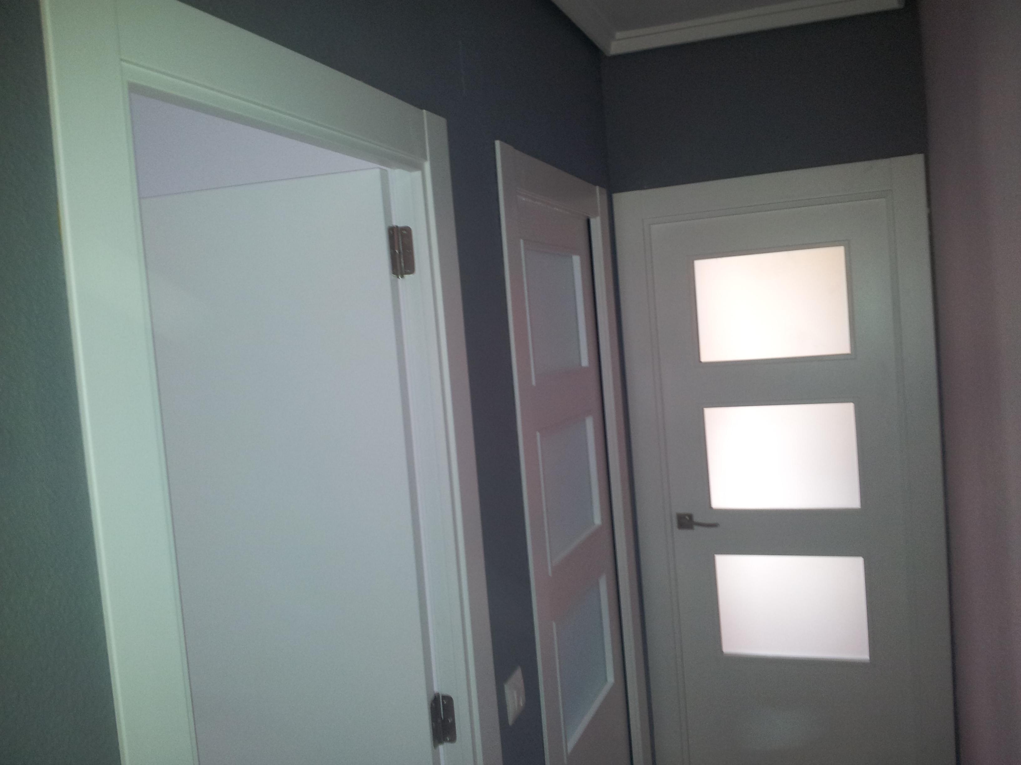 Buenos acabados en puertas lacadas adcarpinteros - Puertas lacadas en blanco ...